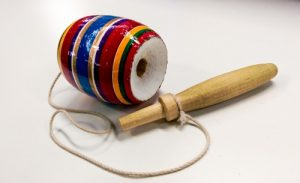 Juegos-Tradicionales-de-Colombia-la-coca