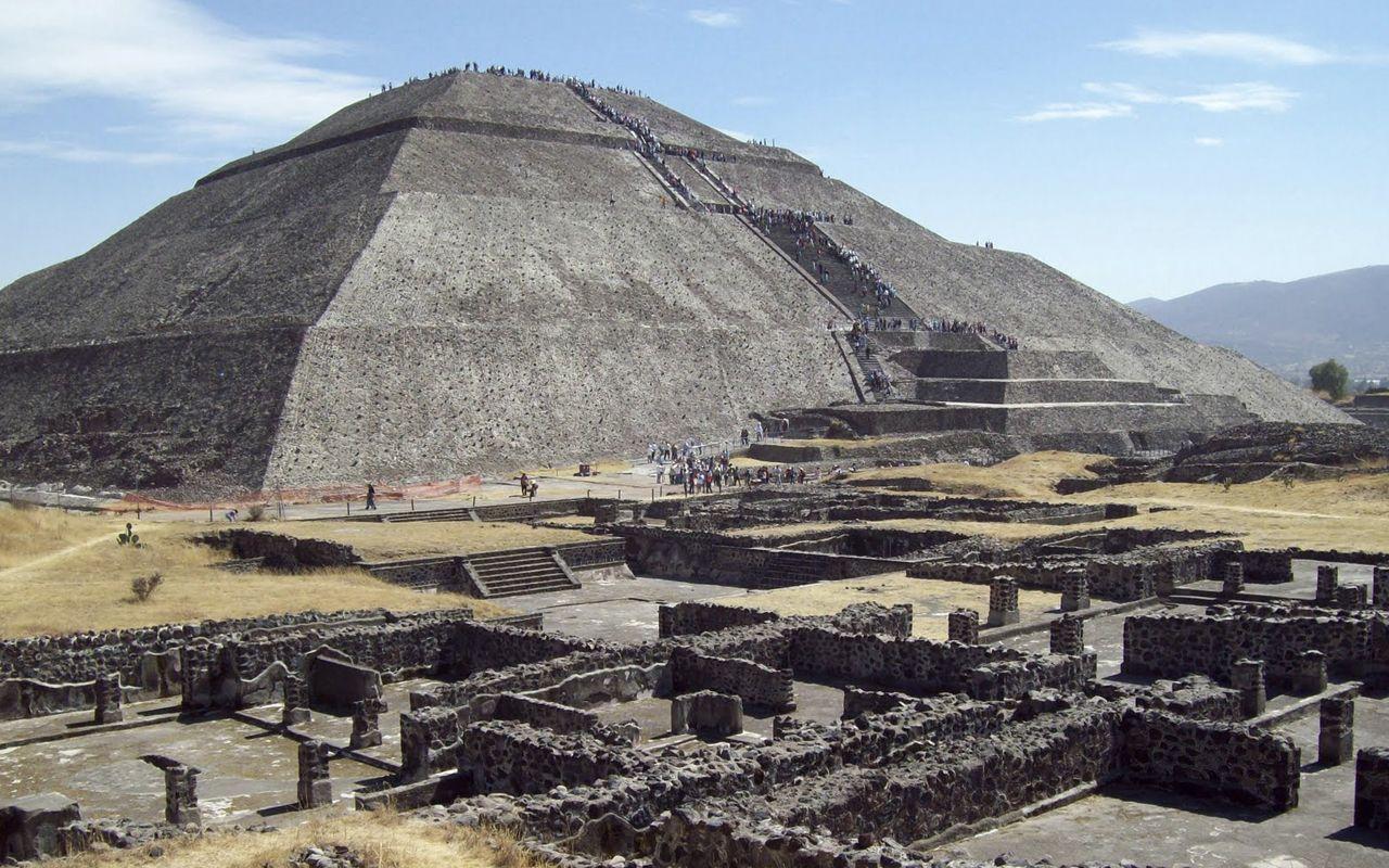 Cultura mexicana caracteristicas costumbres creencias for Sitios web de arquitectura