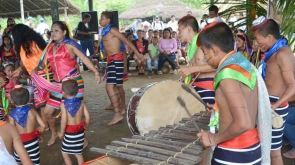 Etnias del Ecuador - Indígenas tsáchilas