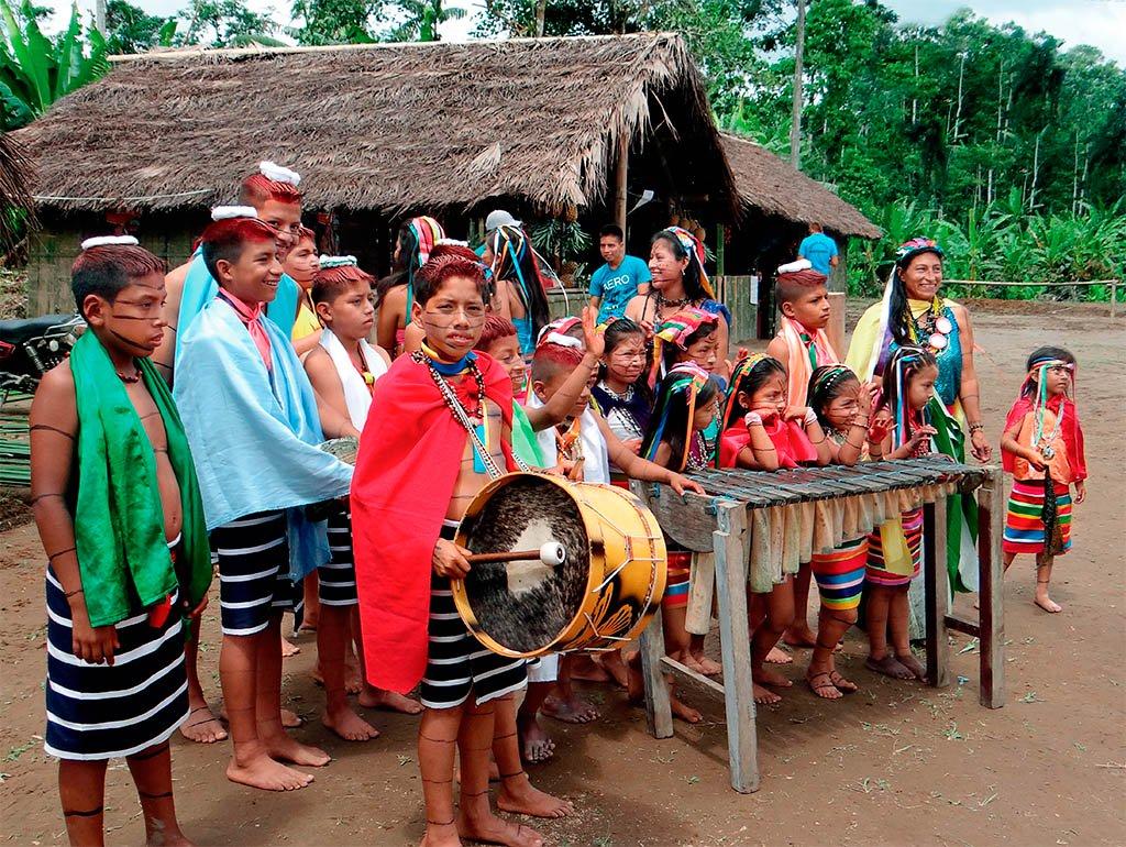 Etnias del Ecuador - Los tsáchilas