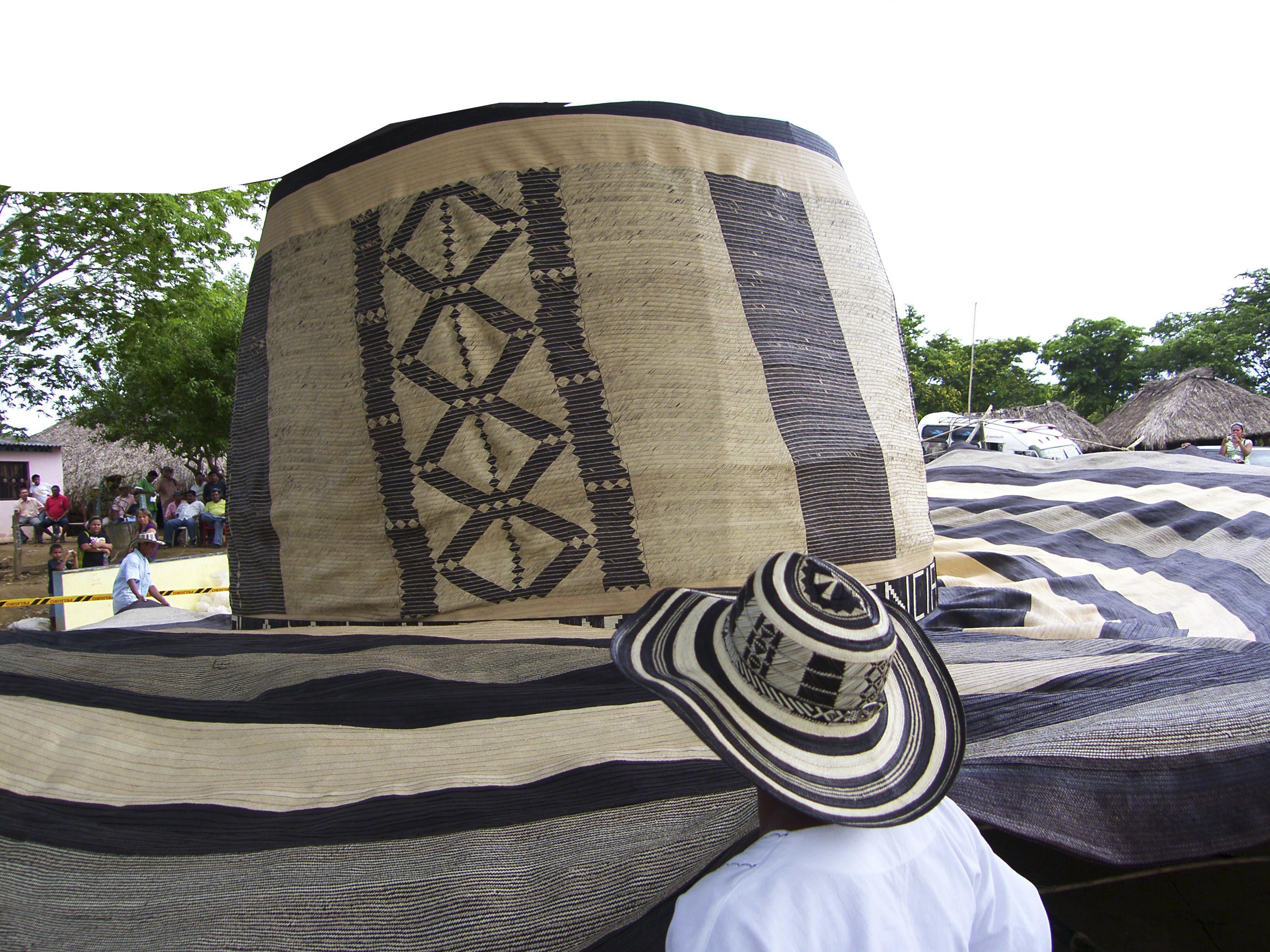Sombrero vultiao mas grande