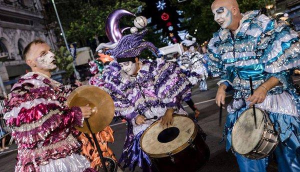 Carnaval uruguayo - Batería de la murga