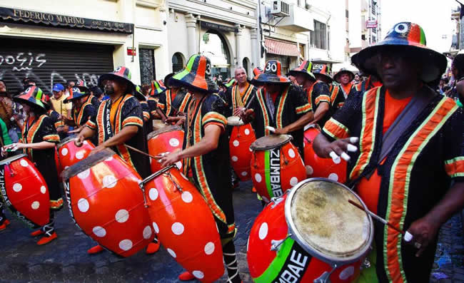 Carnaval uruguayo - El candombe