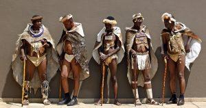 Vestimenta de la Cultura Africana: