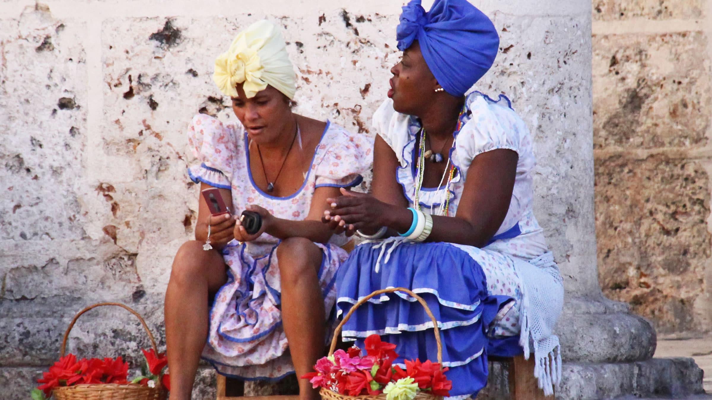 Traje tipico de Cuba: de hombre, mujer, y todo lo que