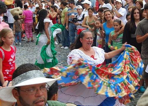 Tradiciones De Puerto Rico Juegos Costumbres Y Mas