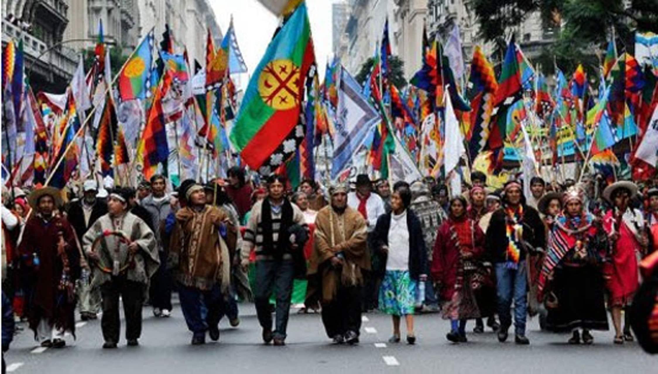 Organización de los pueblos originarios de Argentina