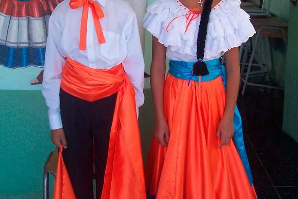 traje tipico de Costa rica para festividades