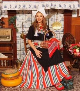 Traje típico de Holanda mujer