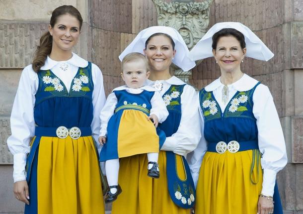 Que Todo Vestimenta Conocer Sobre Necesita Ella Lo De Suecia wInfFqO7