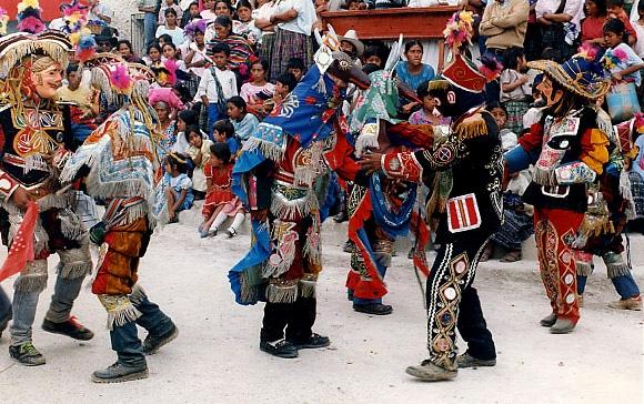 características de las danzas de Guatemala