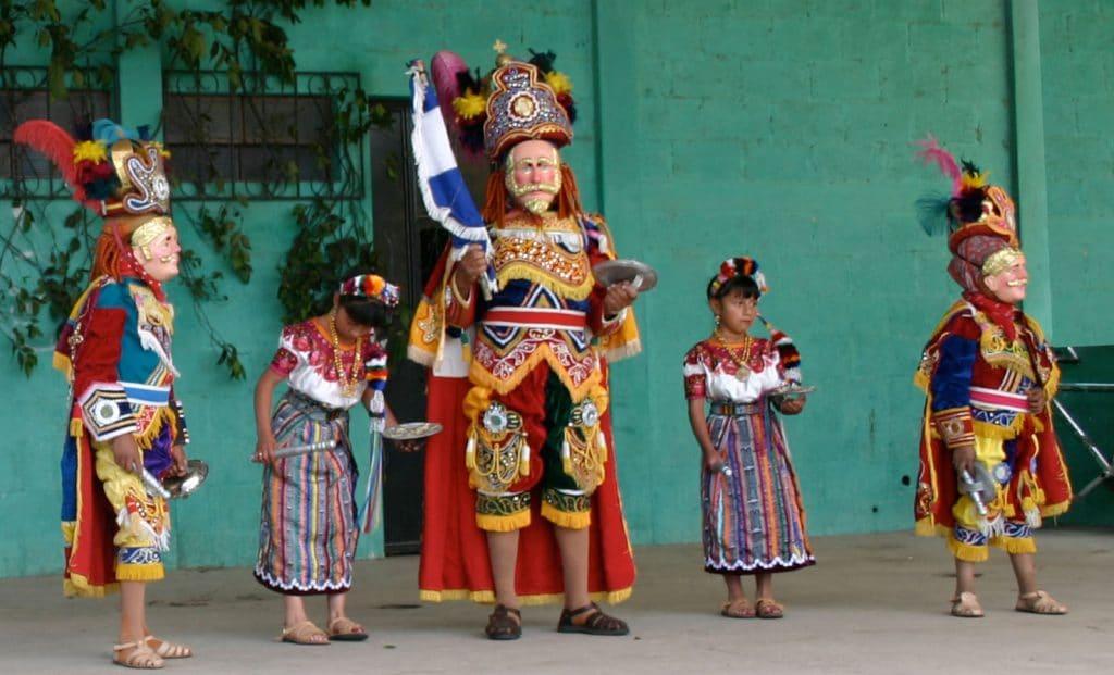 tipos de danzas de guatemala
