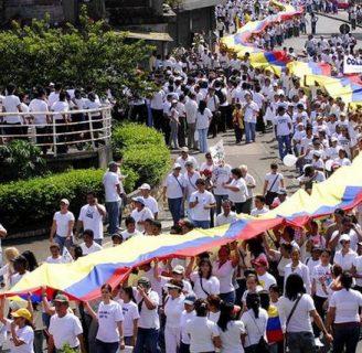 Conflicto armado en Colombia: Origen, historia, causas y mucho más