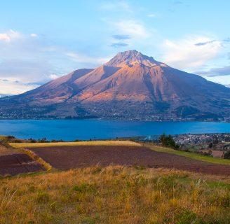 Lago San Pablo: ¿Cómo llegar?, Descripción, Actividades y más
